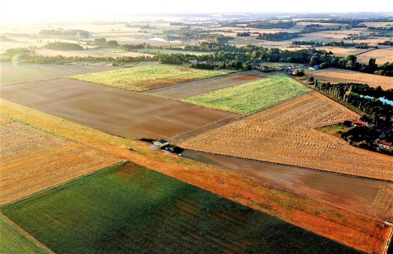 Terrain 48144 m²
