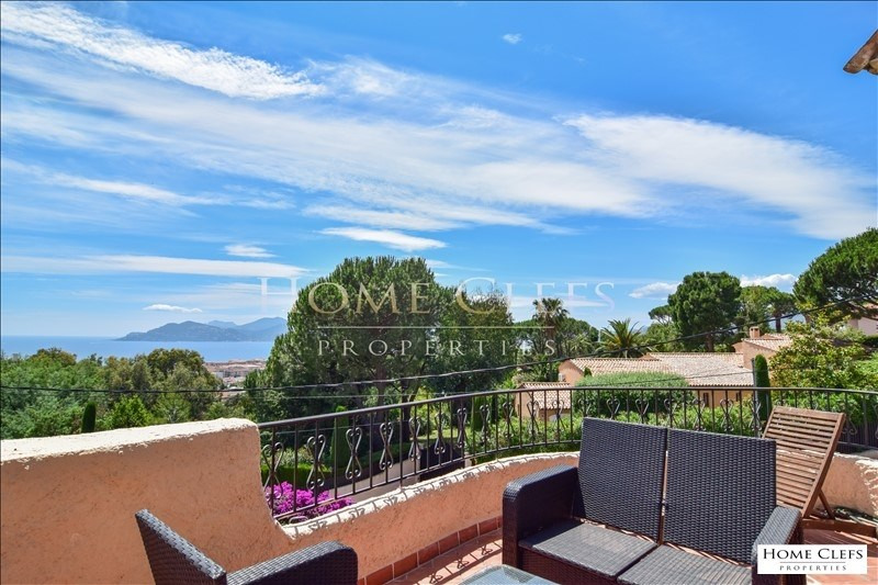 Deluxe sale apartment Cannes 800000€ - Picture 1