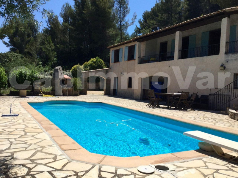 Deluxe sale house / villa Le beausset 575 000€ - Picture 1