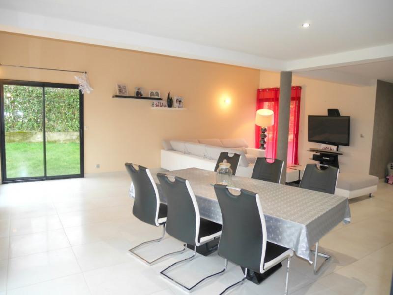 Sale house / villa Montfort sur meu 269900€ - Picture 2