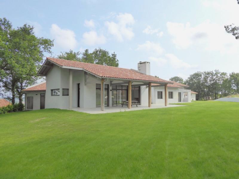 Sale house / villa Ascain 1030000€ - Picture 1