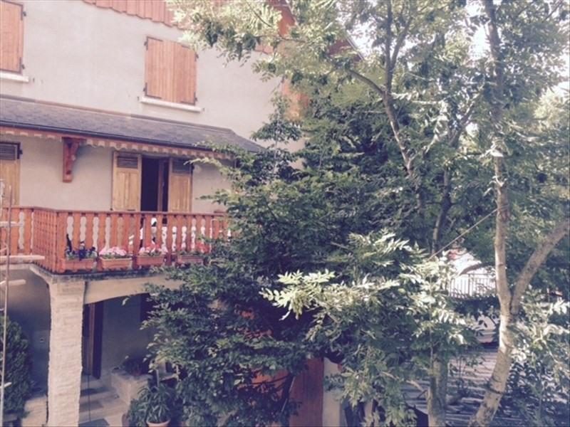 Rental house / villa La rochette 830€ CC - Picture 1