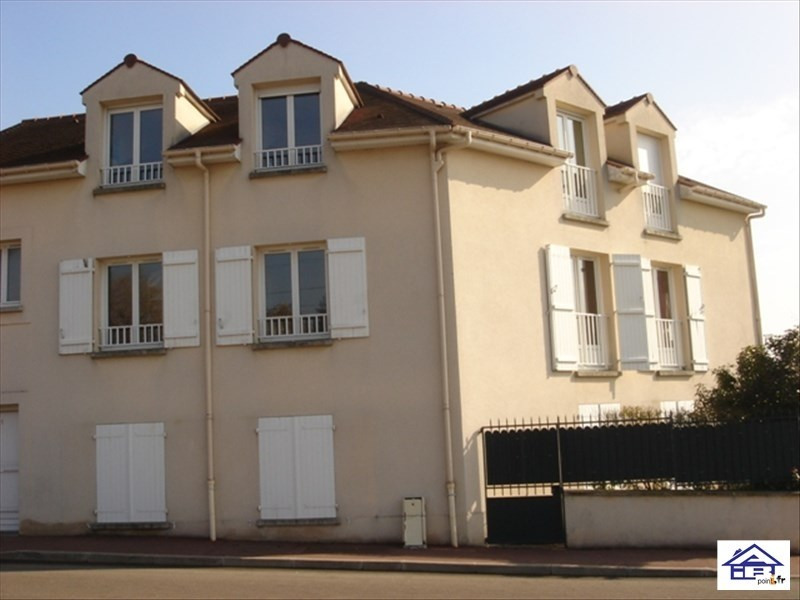 Rental apartment Mareil-marly 1550€ CC - Picture 1