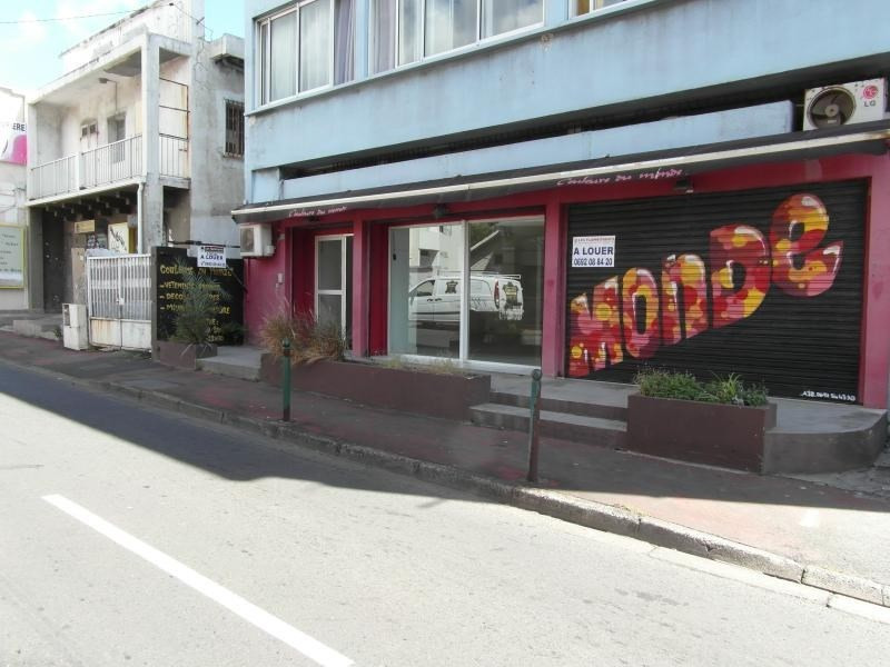 Location local commercial St denis 1 732€ HT/HC - Photo 2