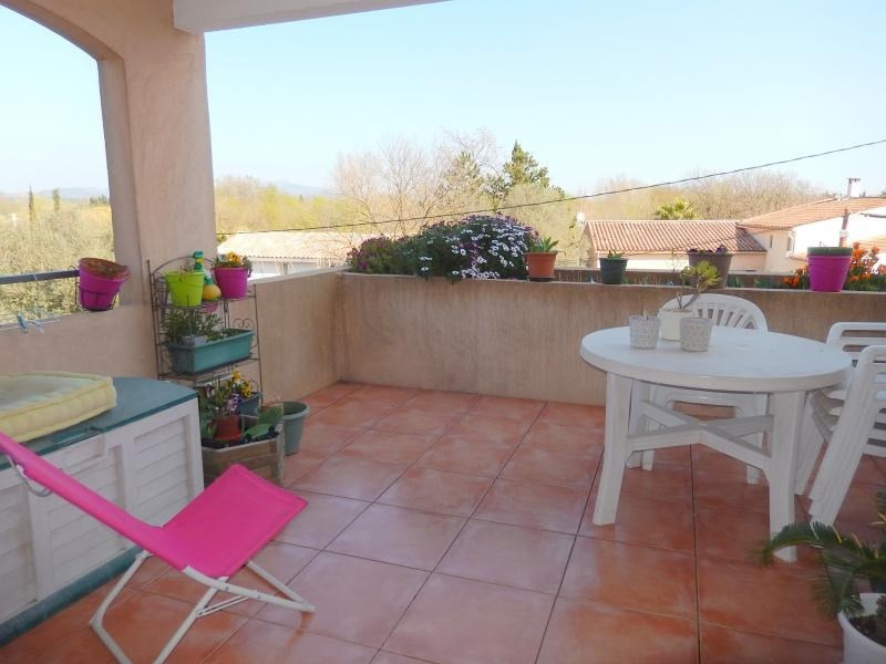 Vente appartement Roquebrune sur argens 208 000€ - Photo 2