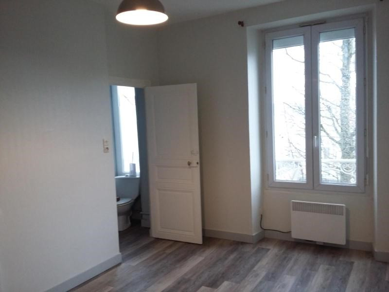 Location appartement Angers 336€ CC - Photo 9