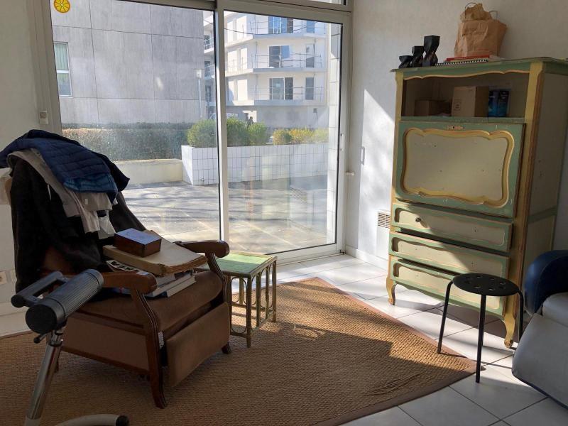 Location appartement Saint-nazaire 384€ CC - Photo 2