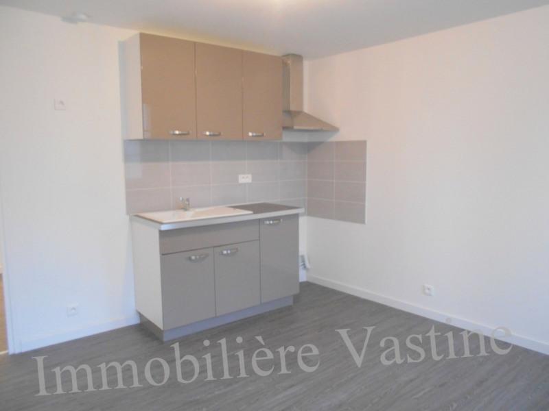 Location appartement Mont l eveque 520€ CC - Photo 2