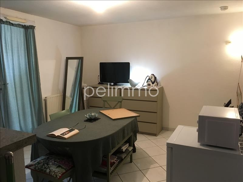 Rental apartment Salon de provence 520€ CC - Picture 2