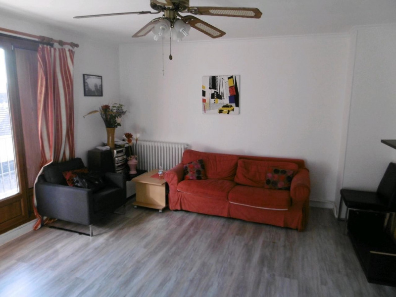 Sale apartment Persan 165 000€ - Picture 1