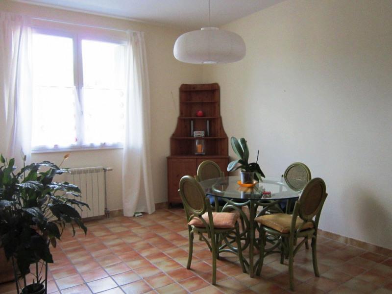 Verhuren  appartement Lambesc 650€ CC - Foto 6