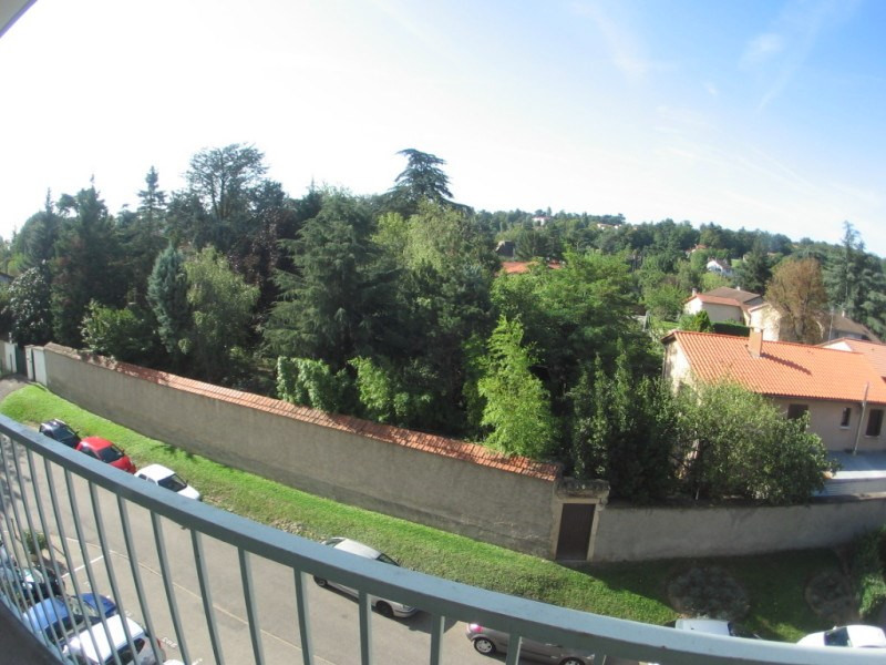 Rental apartment Oullins 750€ CC - Picture 1