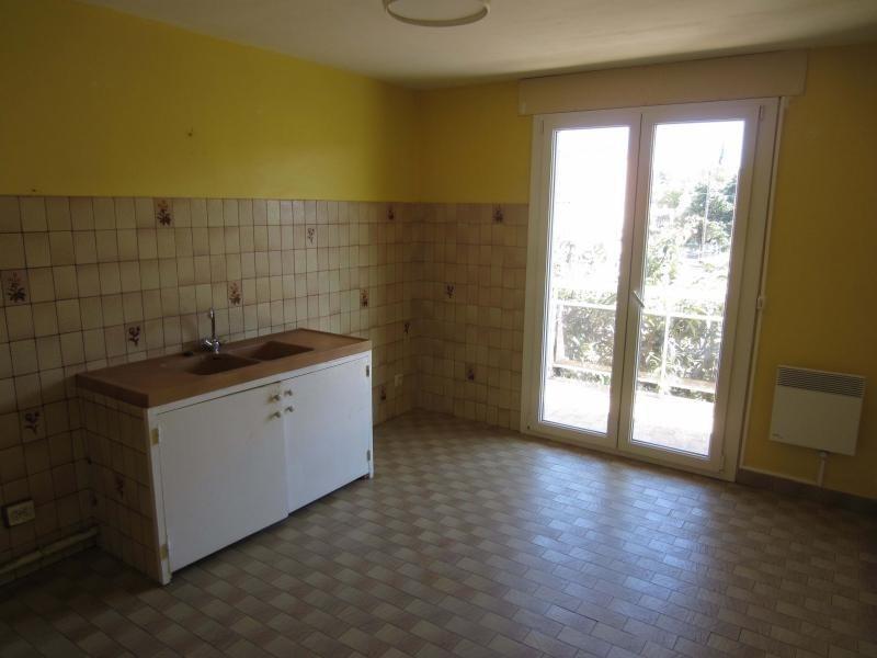 Rental apartment La seyne sur mer 950€ CC - Picture 3