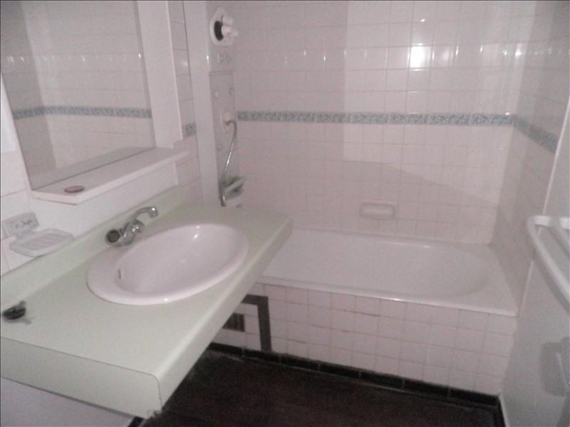 Location appartement Le puy en velay 596,79€ CC - Photo 5