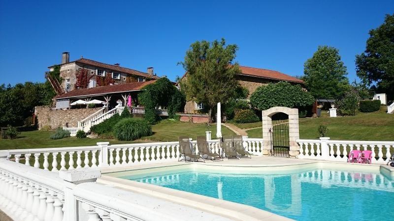 Vente de prestige maison / villa Milhac de nontron 615000€ - Photo 4