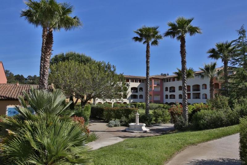 Vacation rental apartment Cavalaire sur mer 1300€ - Picture 18