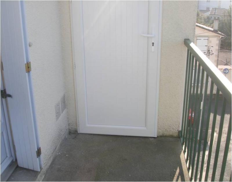 Investment property apartment Niort 91000€ - Picture 7