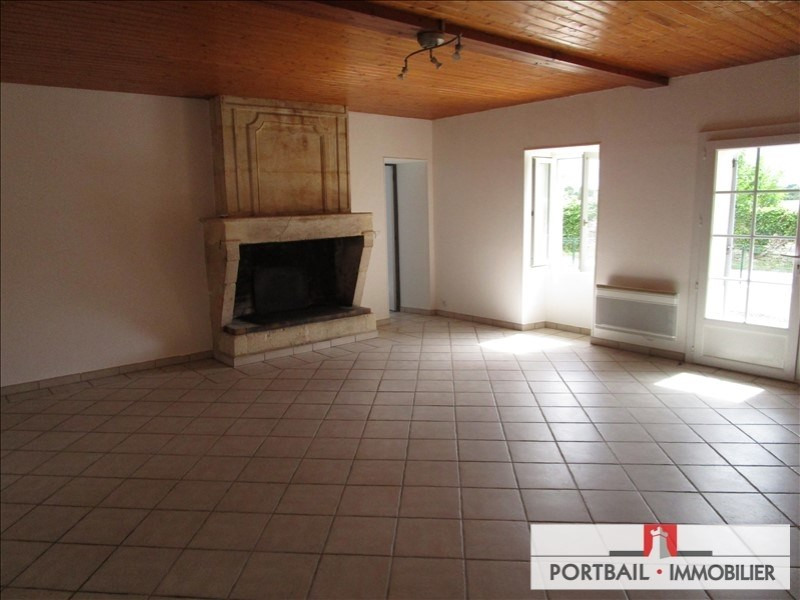 Location maison / villa Blaye 650€ CC - Photo 5