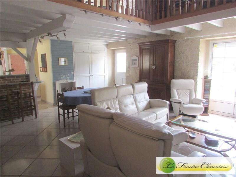 Sale house / villa Villefagnan 328 000€ - Picture 16