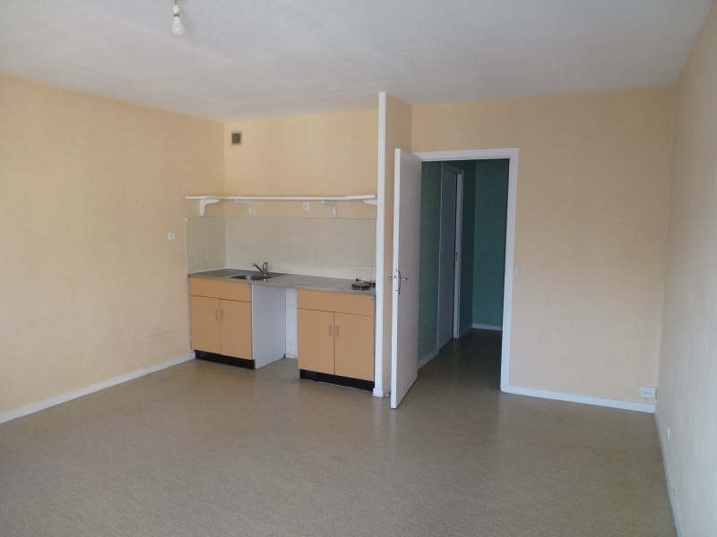 Sale apartment Chambery 94000€ - Picture 2