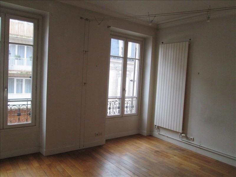 Rental apartment Versailles 960€ CC - Picture 2