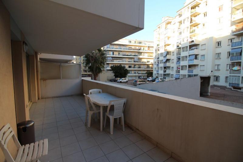 Location appartement Nice 830€ CC - Photo 1