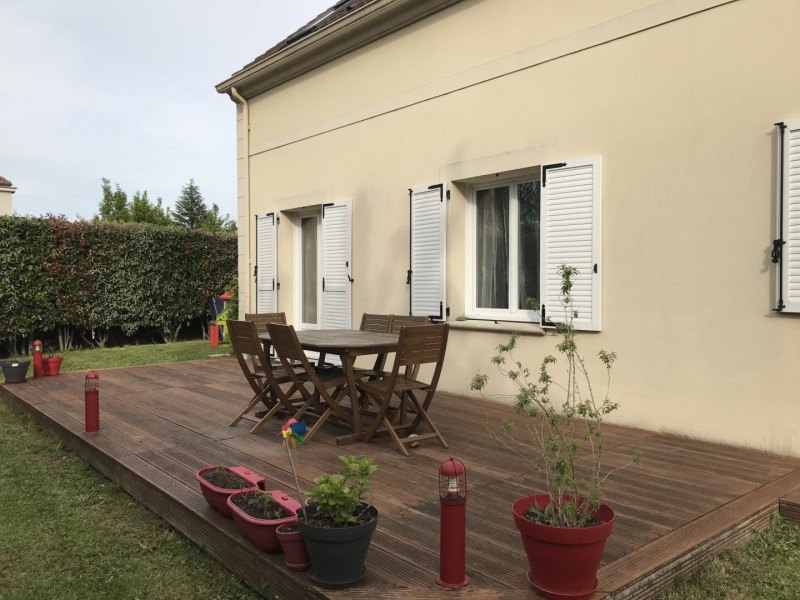 Sale house / villa Orgeval 593 000€ - Picture 1