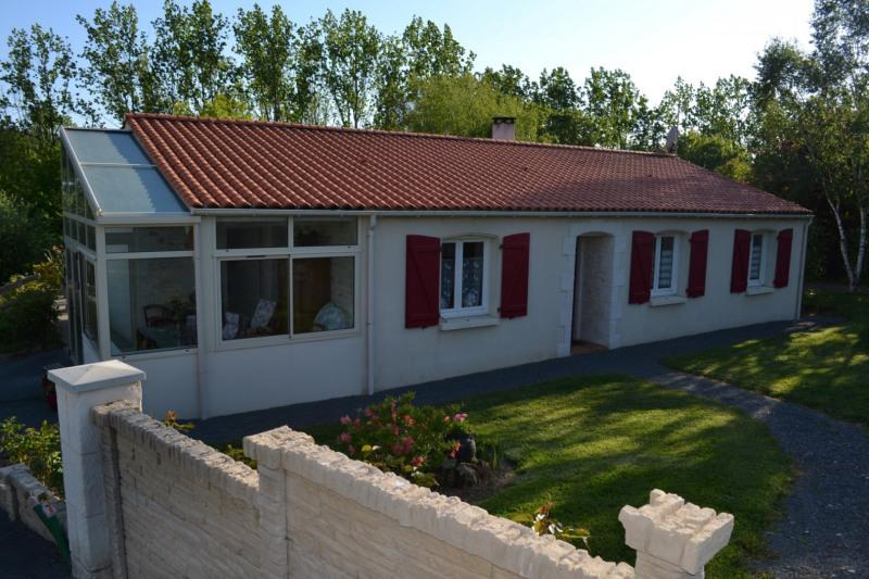 Sale house / villa Talmont st hilaire 272000€ - Picture 2