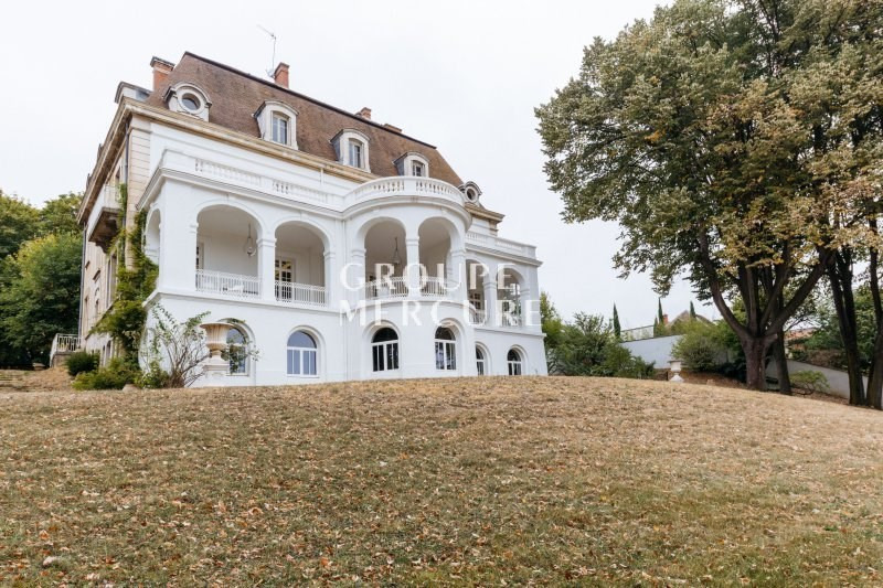 Deluxe sale house / villa St cyr au mont d'or 3 100 000€ - Picture 1