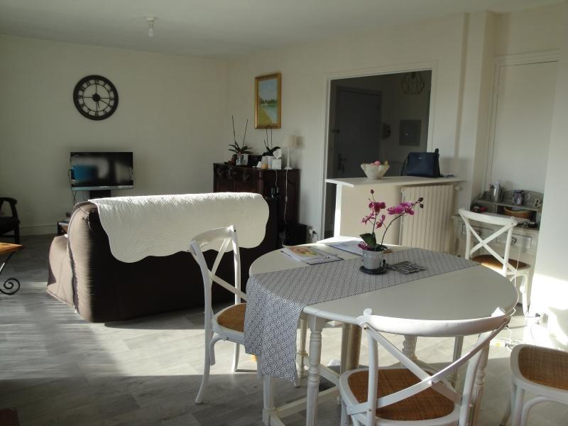 Sale apartment Niort 138000€ - Picture 1