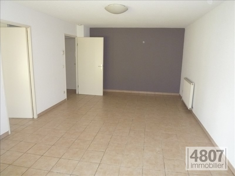 Location appartement Bonneville 570€ CC - Photo 3