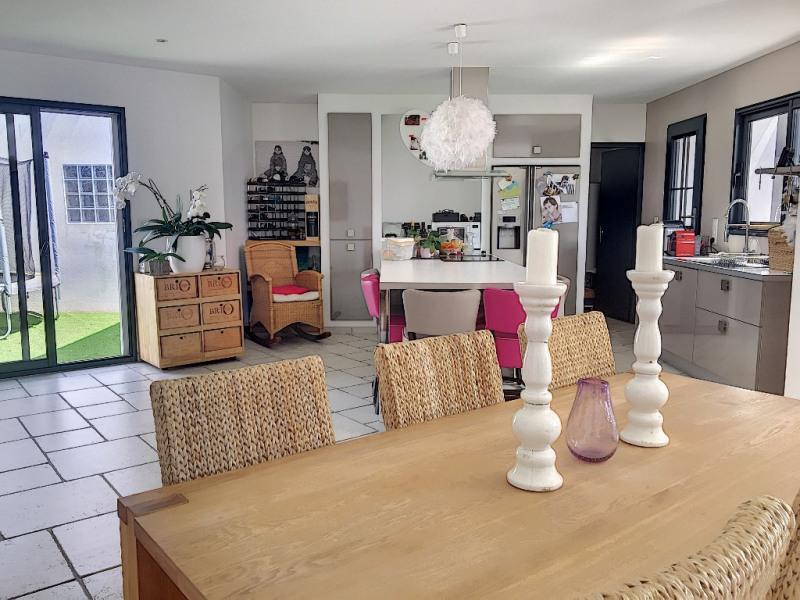 Vente de prestige maison / villa Perigny 566800€ - Photo 3