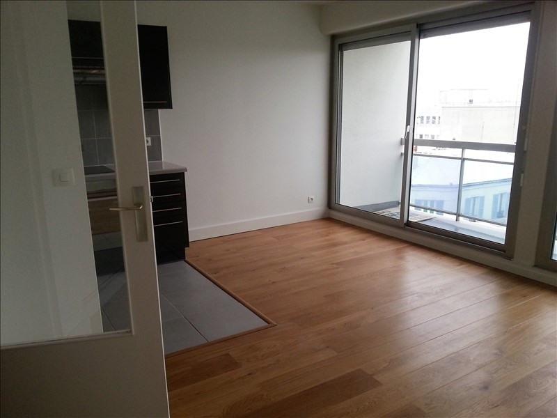 Rental apartment Puteaux 1122€ CC - Picture 2