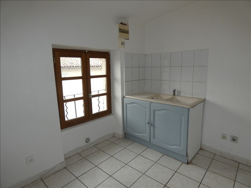 Rental apartment Montelimar 470€ CC - Picture 1