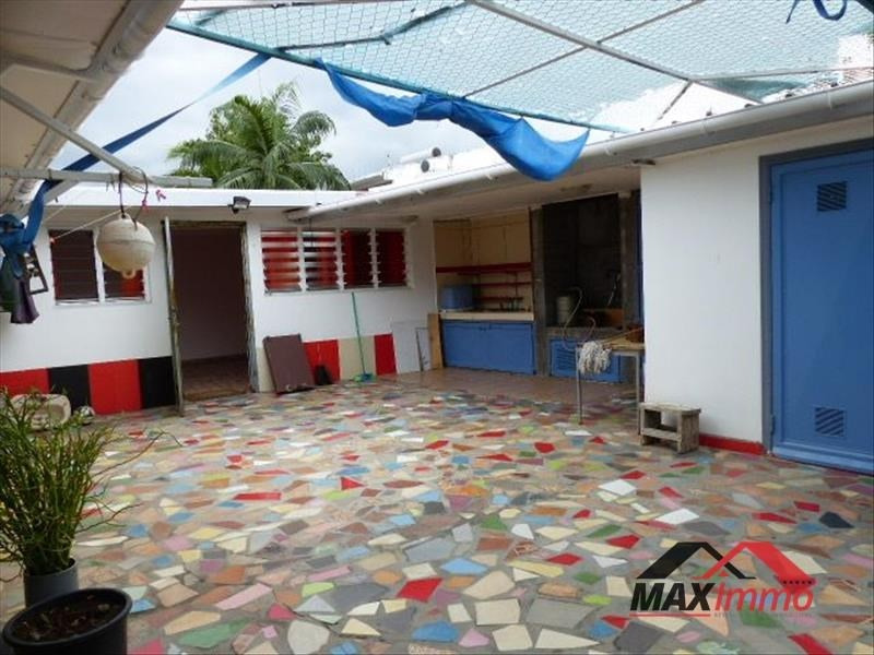 Vente maison / villa Le port 310 000€ - Photo 2