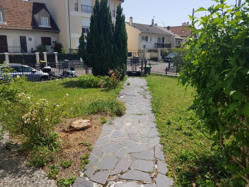 Sale house / villa Sevran 235000€ - Picture 2