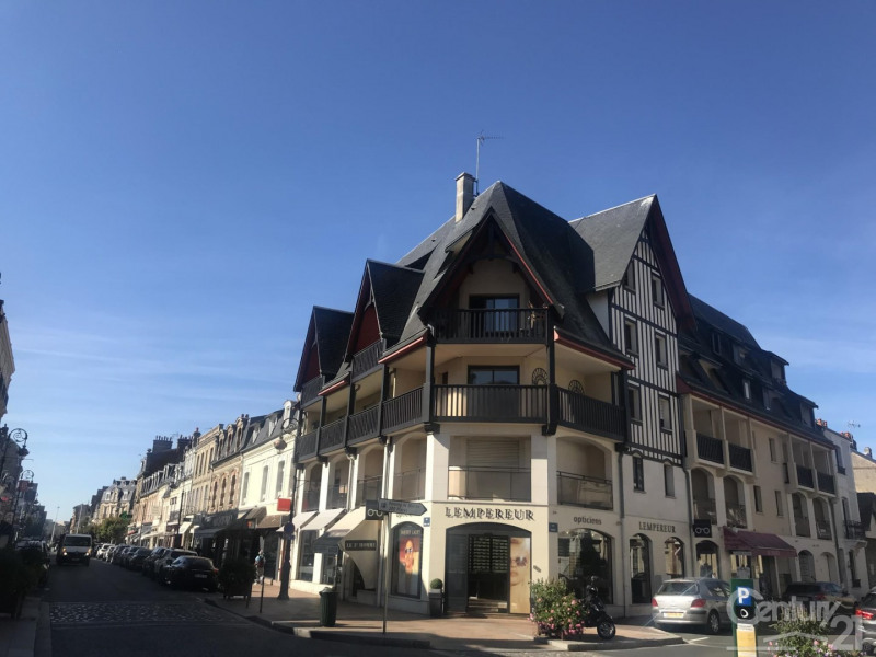Verkoop  appartement Deauville 265000€ - Foto 3