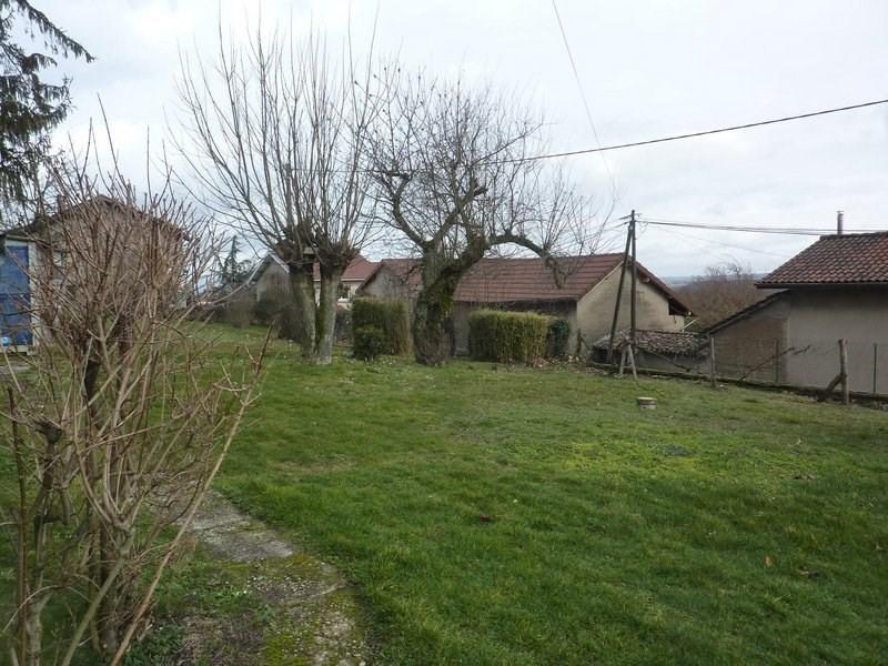 Sale house / villa Maubec 220000€ - Picture 3