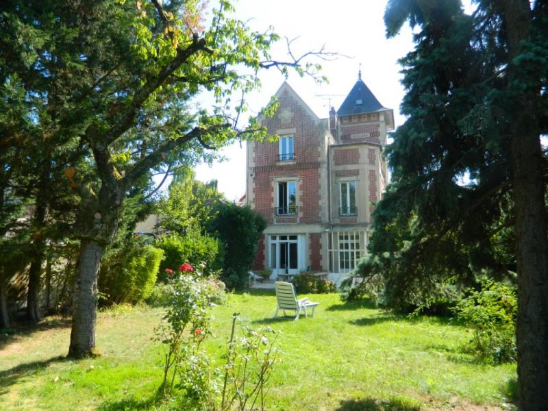 Sale house / villa Conde sainte libiaire 575000€ - Picture 1
