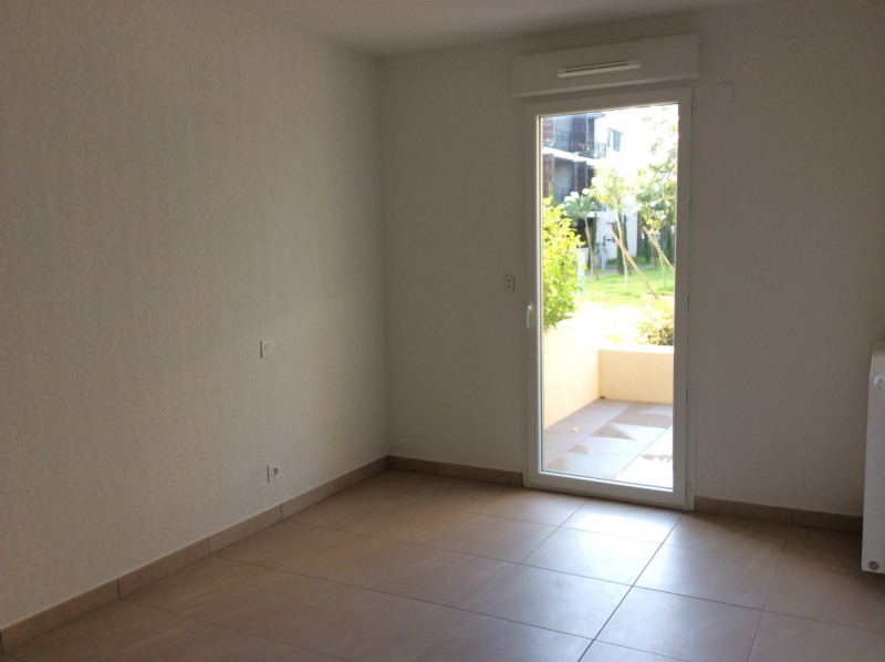 Location appartement Fréjus 793€ CC - Photo 8