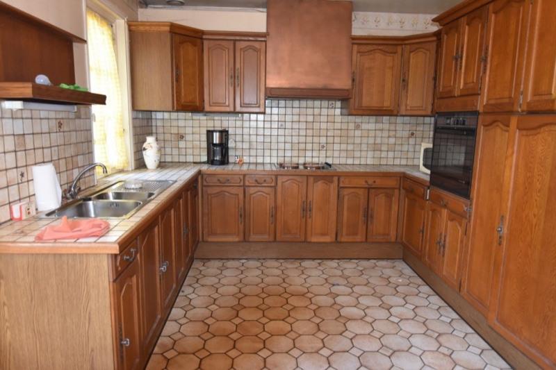 Sale house / villa Neuilly en thelle 234000€ - Picture 6
