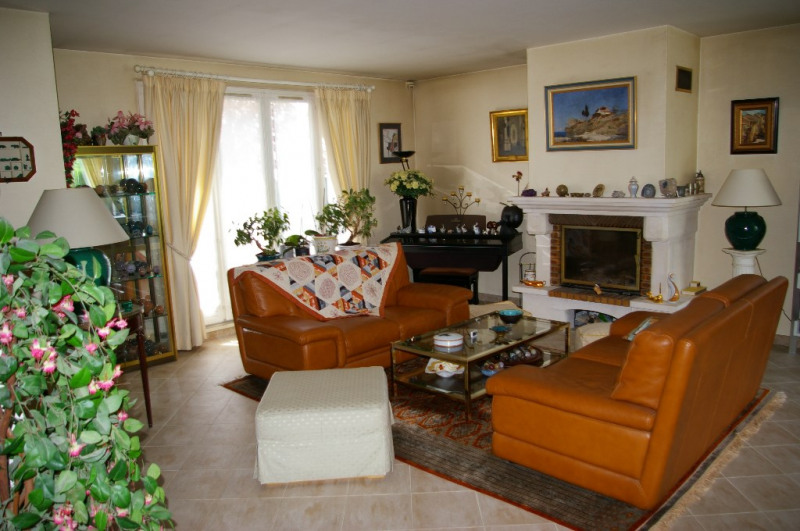 Sale house / villa Carrieres sous poissy 520000€ - Picture 3