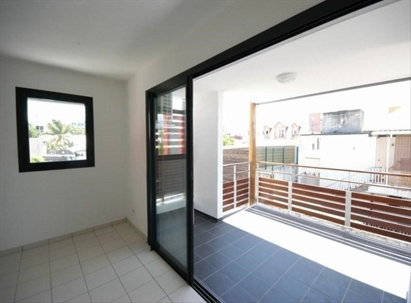 Vente appartement Saint pierre 128 000€ - Photo 2