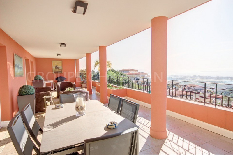 Vente de prestige appartement Mandelieu 585000€ - Photo 2