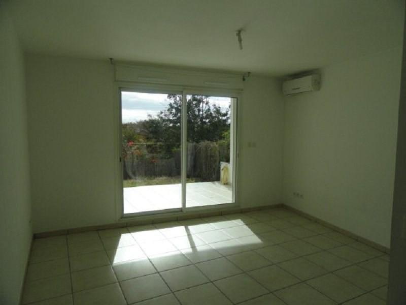 Location appartement Ste clotilde 385€ CC - Photo 1