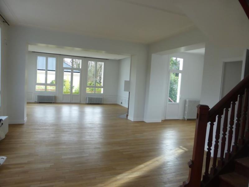 Location maison / villa Vaucresson 5050€ CC - Photo 1