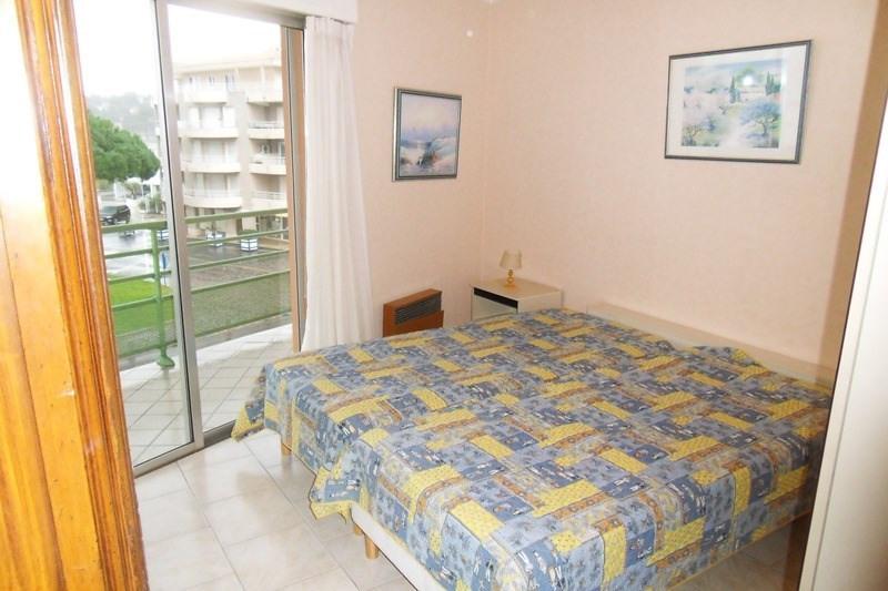 Location vacances appartement Cavalaire sur mer 680€ - Photo 8
