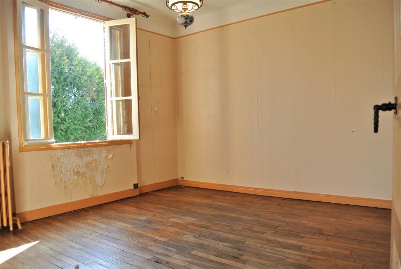 Sale house / villa Beauchamp 273000€ - Picture 2