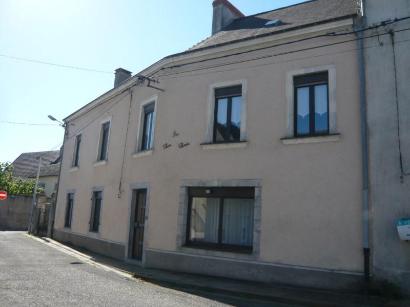 Sale house / villa La bazouge de chemere 79000€ - Picture 1
