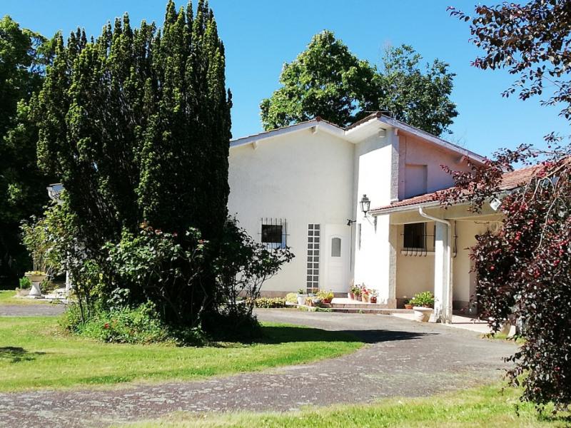 Sale house / villa Aire sur l adour 296000€ - Picture 2